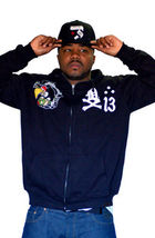 Dissizit Mens Black Damage 13 Vulture dropping Bombs Zip Up Hoodie Sweater Large image 3