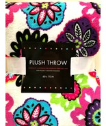 Flower Power Plush Throw Blanket 60 x 70 inches Soft Non-Pilling Floral - $26.72