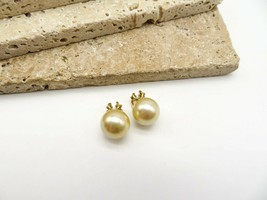 Vintage Signed ERF GN Gold Pearl Clip On Earrings W52 - $15.99