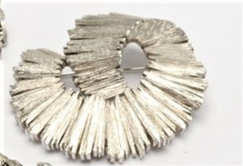 Crown Trifari Heavy Silvertone Swirl Brooch Vintage  - $19.31
