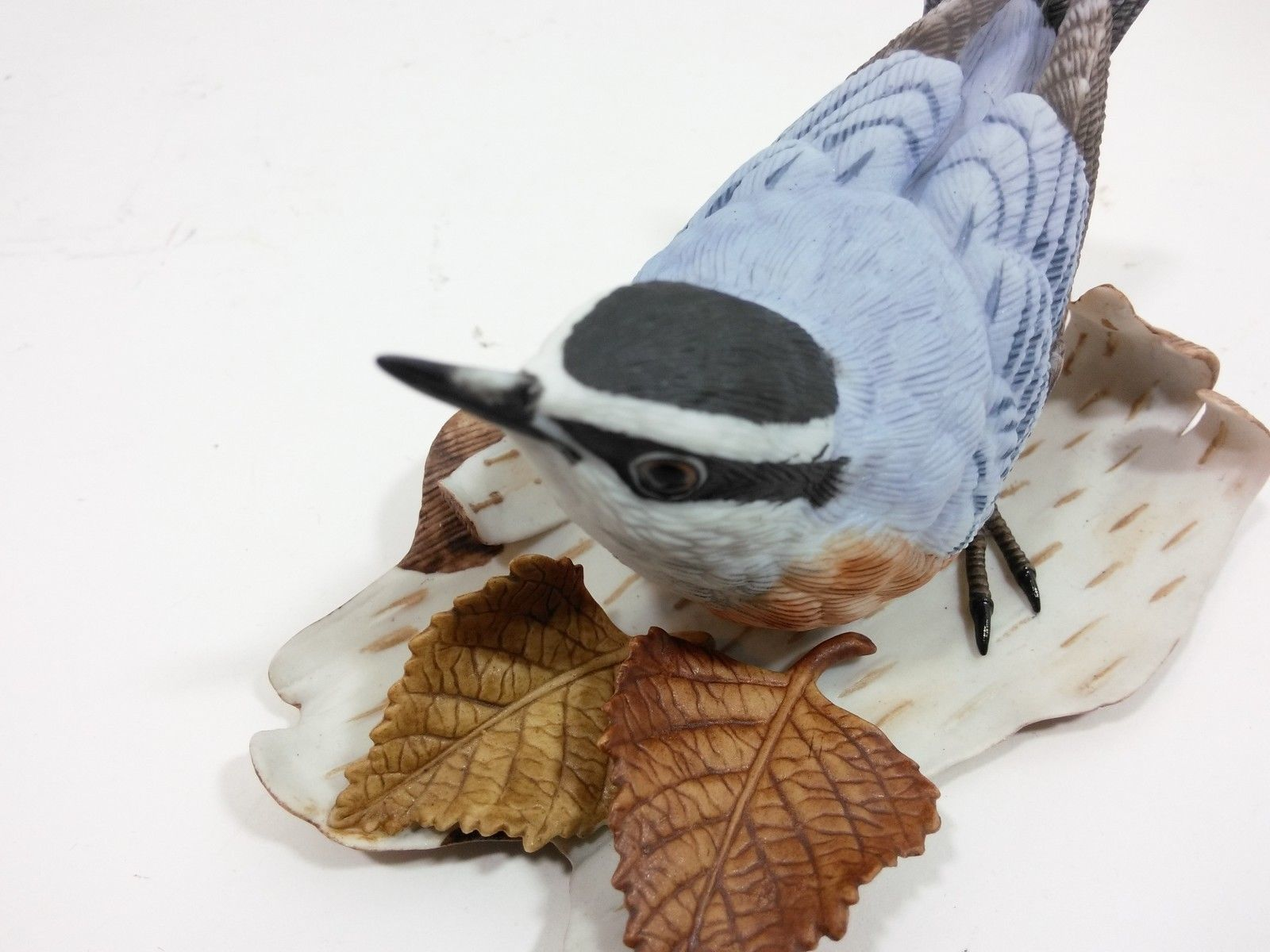 THE LENOX GARDEN BIRD COLLECTION Nuthatch (Fine Porcelain 1987) image 8