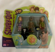 New In Box Scooby-Doo Collectable Figures 5 Figure Set Shaggy Daphne Mon... - $14.20