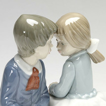 Nao by Lladro 02001136 FIRST LOVE Porcelain Figurine New  - $163.35