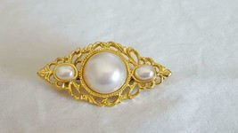 """Vintage Faux Greyish Pearl Goldtone Cut Out Brooch Pin, 2""""TRIANGLE, No Maker Mar - $4.94"""