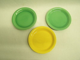 "Lot of 3 Vintage Carnival Plates 6-5/8"" green yellow Homer Laughlin Quak... - $6.65"