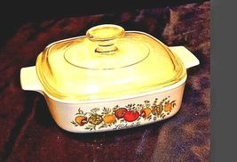 Vintage CorningWare 2 Piece Serving Dish and LidAB 249-C image 3