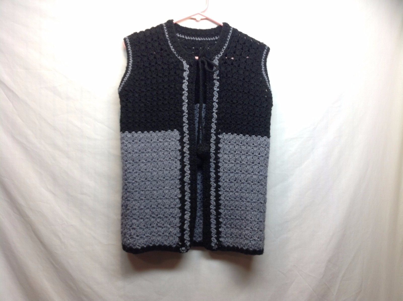 Women's Black Knit Sleeveless Sweatervest w Lt Gray Accents