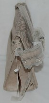 Simply Noelle Brand Beige Taupe Color Floral Leaf Pattern Womens Purse image 2