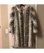 Vintage Faux Fur Snow Leopard Coat Sz 14 Animal Print - $850.00