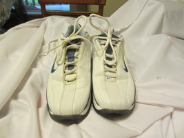 Nike MaxAir Golf Shoes 031202 Womens Size: 7.5 - $18.00