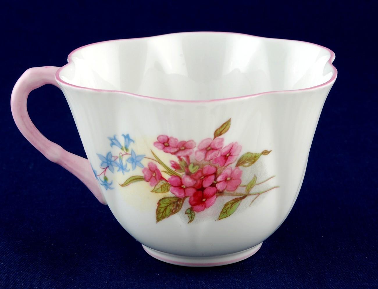 Shelley Stocks Cup Dainty Shape Pink Rim / Handle 13428 Mint