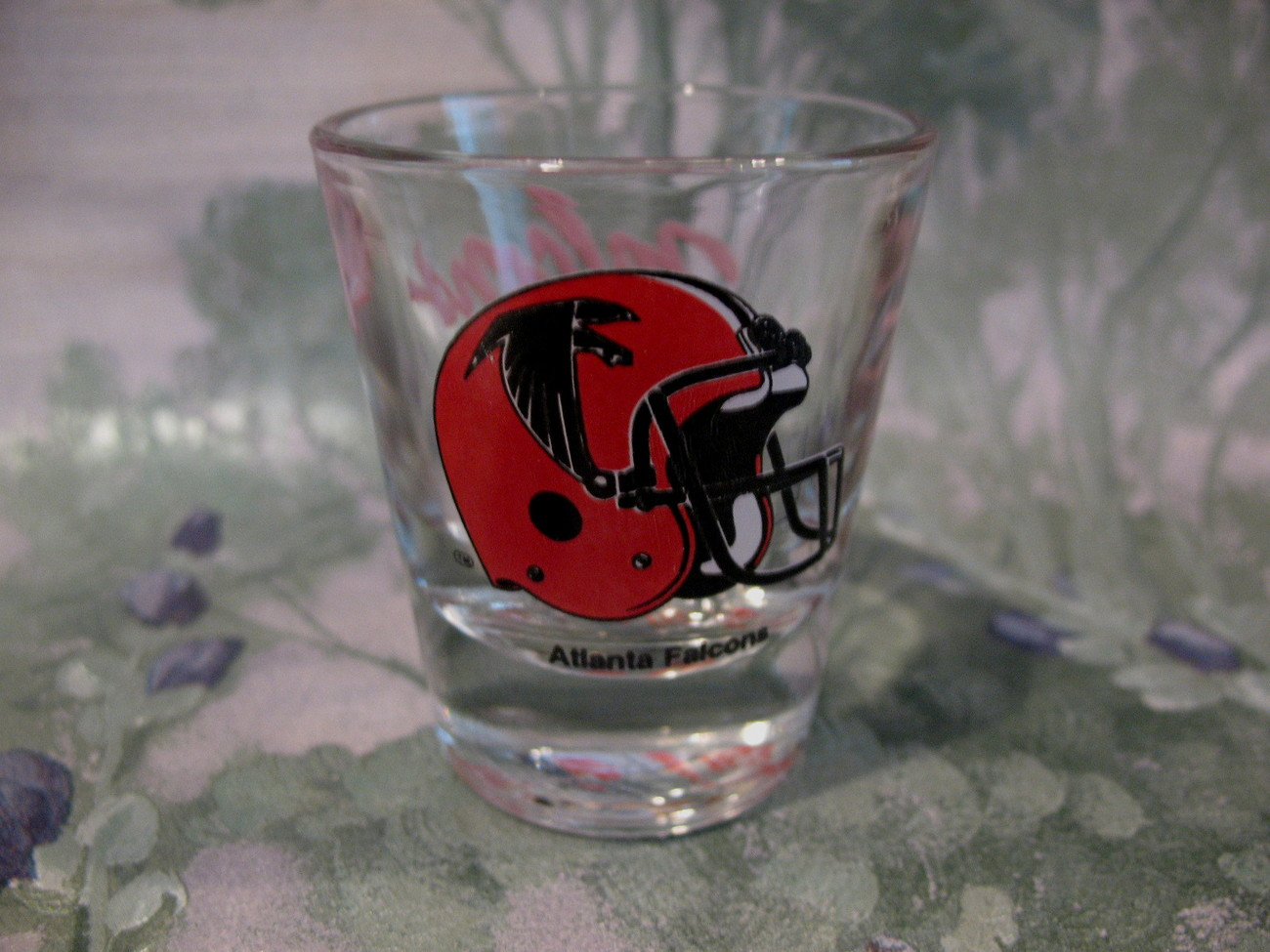 Atlanta Falcons Football Team Collector Souvenir Shot Glass