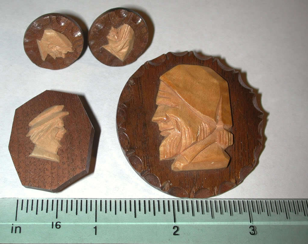 Carved Wood Man Figure Pin/brooch Jewelry LOT Canada carving vintage
