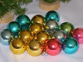 Vintage Lot of Sixteen -16-  Shiny Glass Christmas Ornaments. - $16.50