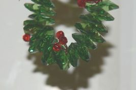 Ganz Crystal Expressions ACRYX165 Holiday Wreath Ornament Red Green Set of 6 image 3