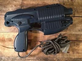 Interact Leggero Blaster Pistola PS1 Playstation 1 SV-1117 Videogioco Jo... - $19.74
