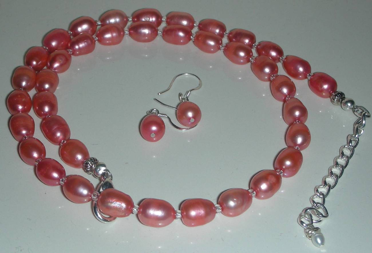 Flamingo Flame Pearls Beads Necklace