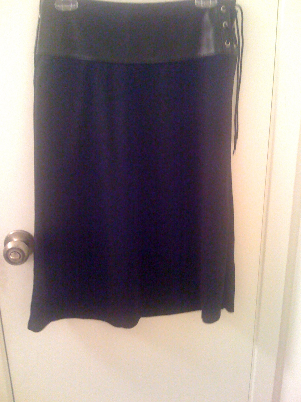 MICHAEL KORS black leather band skirt with tie accents size 4 NEW RARE