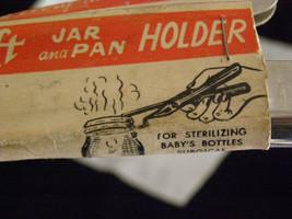 Vintage 50s EZ Lift Jar and Pan Holder Salt Lake City USA In Packaging - $8.20