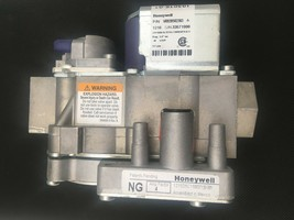 Honeywell VR9205R2363 Natural Gas Valve P/N103016-01 New + Free Shipping - $28.04