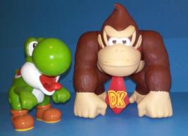 Super Mario Nintendo Donkey kong Yoshi 2008 Action figure lot - $11.99