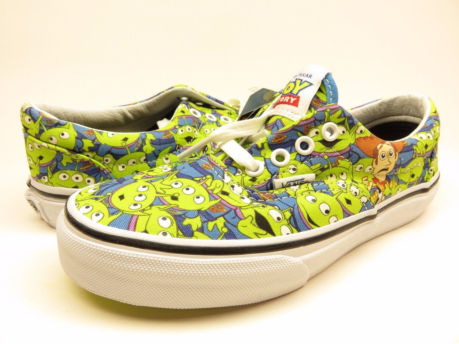 e0c39508f88 S l1600. S l1600. Previous. VANS AUTHENTIC TOY STORY ALIENS GLOW IN THE  DARK SKATEBOARDING SHOE ...