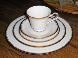 Noritake Ivory China Viceroy 7222 5pc Place Setting Tea Cup Saucer Dinne... - $41.07