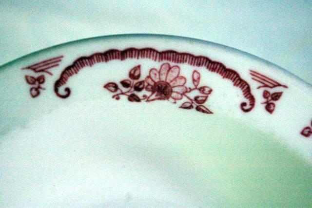 "Homer Laughlin Pink/Red Floral & Scroll Pattern Rimmed Cereal Bowl 6 1/4"" image 2"
