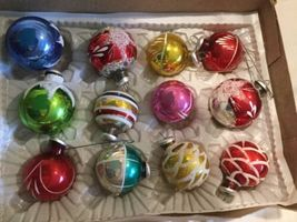 Vintage CHRISTMAS TREE ORNAMENTS  Hand Painted Glass Balls image 4