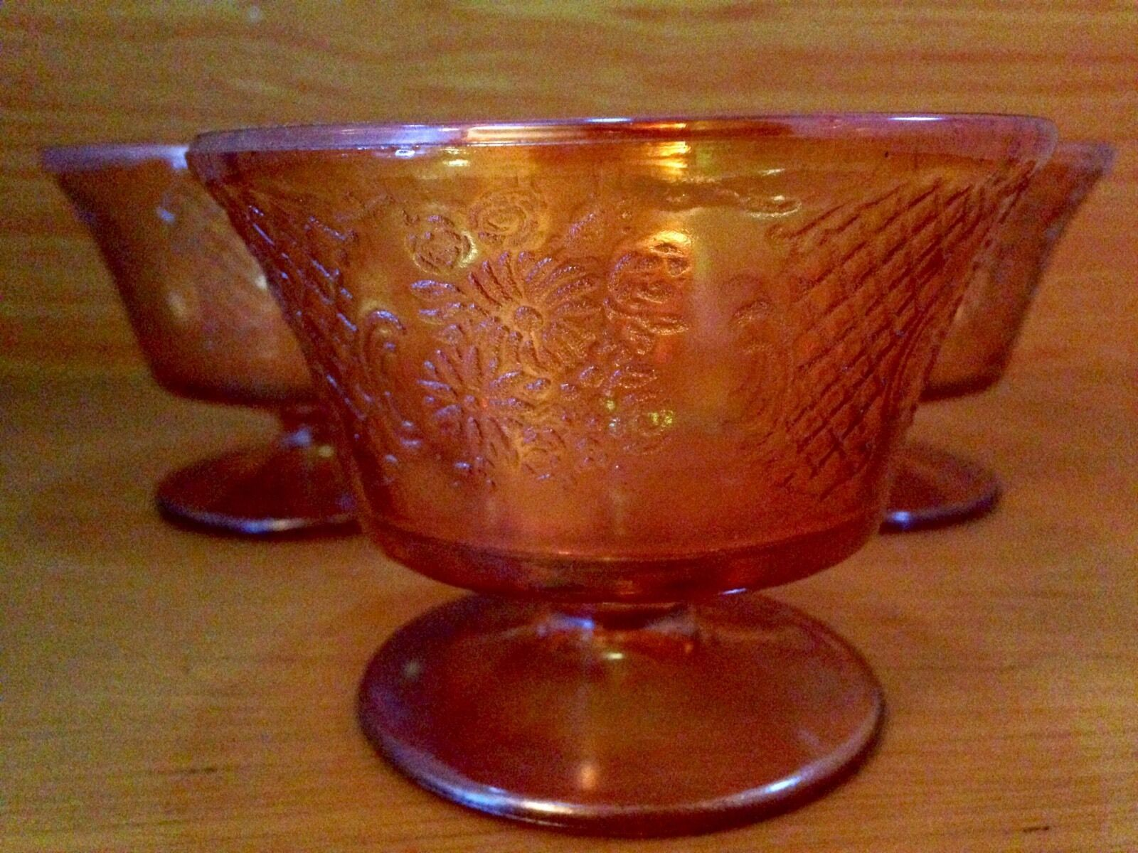 Vintage 3 pc. Carnival Glass Sherbet Ice Cream Dish Set image 3