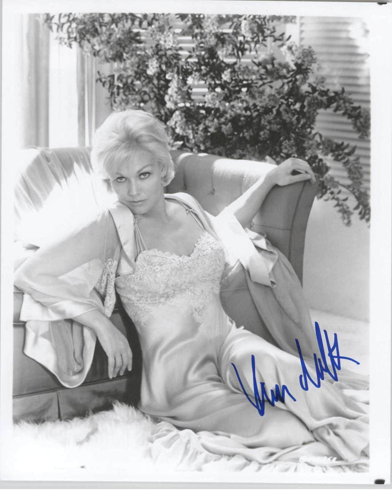 Primary image for Kim Novak Signed Autographed Glossy 8x10 Photo