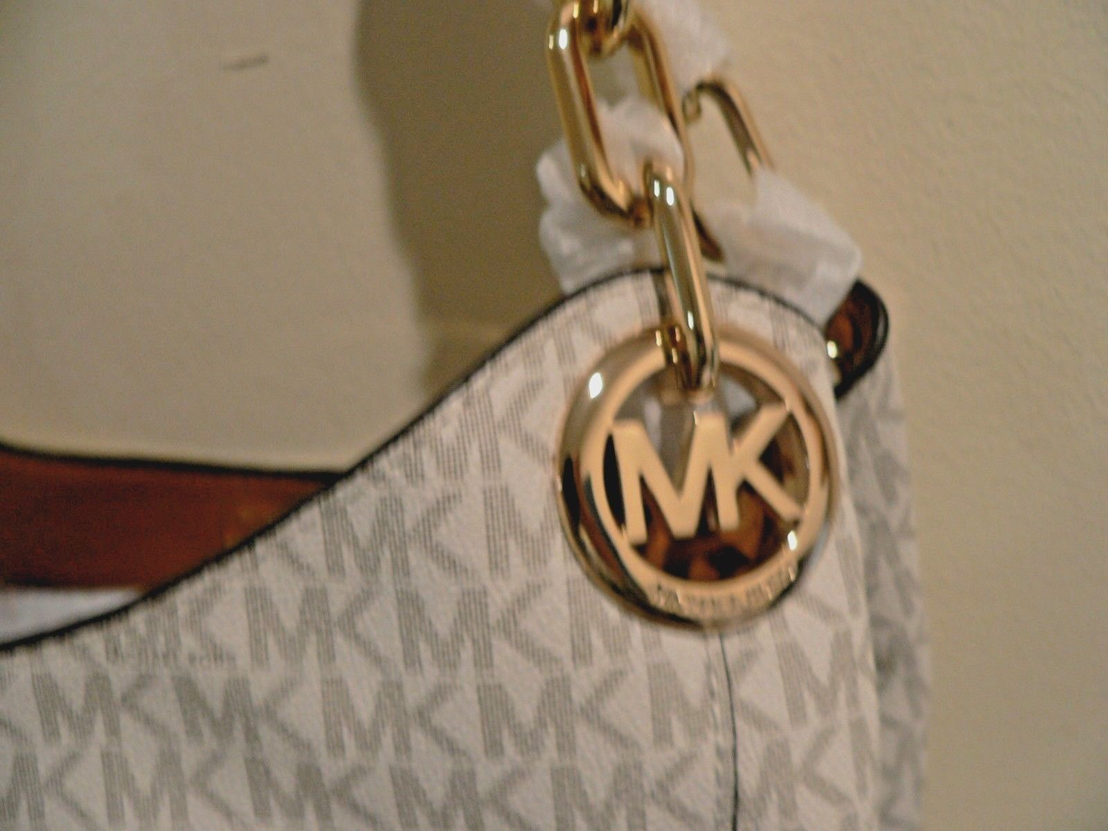 NWT Authentic  MICHAEL Kors Fulton Large Signature Hobo Bag Handbag Vanilla Gold