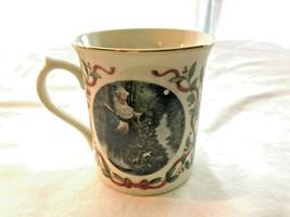 Lenox Santa's Tree of Life Gold Mark Mug Mint Condition Magic of Christmas 1997 - $31.99