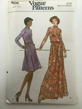 Vogue Sewing Pattern 9039 Vintage Dress 1970s Style UC Size 10 Bust 32.5 Retro - $12.74
