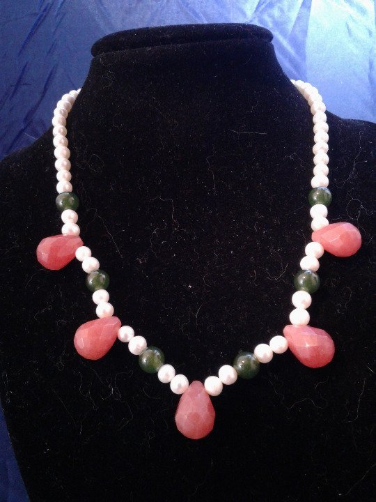 "Primary image for 16.5"" Handmade Pink and Green Jade and Genuine White Pearl Beaded Necklace Z277"