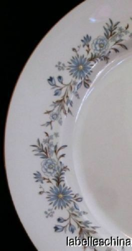 """Aynsley Mayfield 10 3/8"""" Blue Floral Dinner Plate Gold Trim English Bone China"""