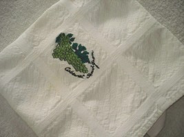 Jan de Luz Carmel By The Sea Kitchen Towel Wine Grapes Embroidered Made ... - $14.20