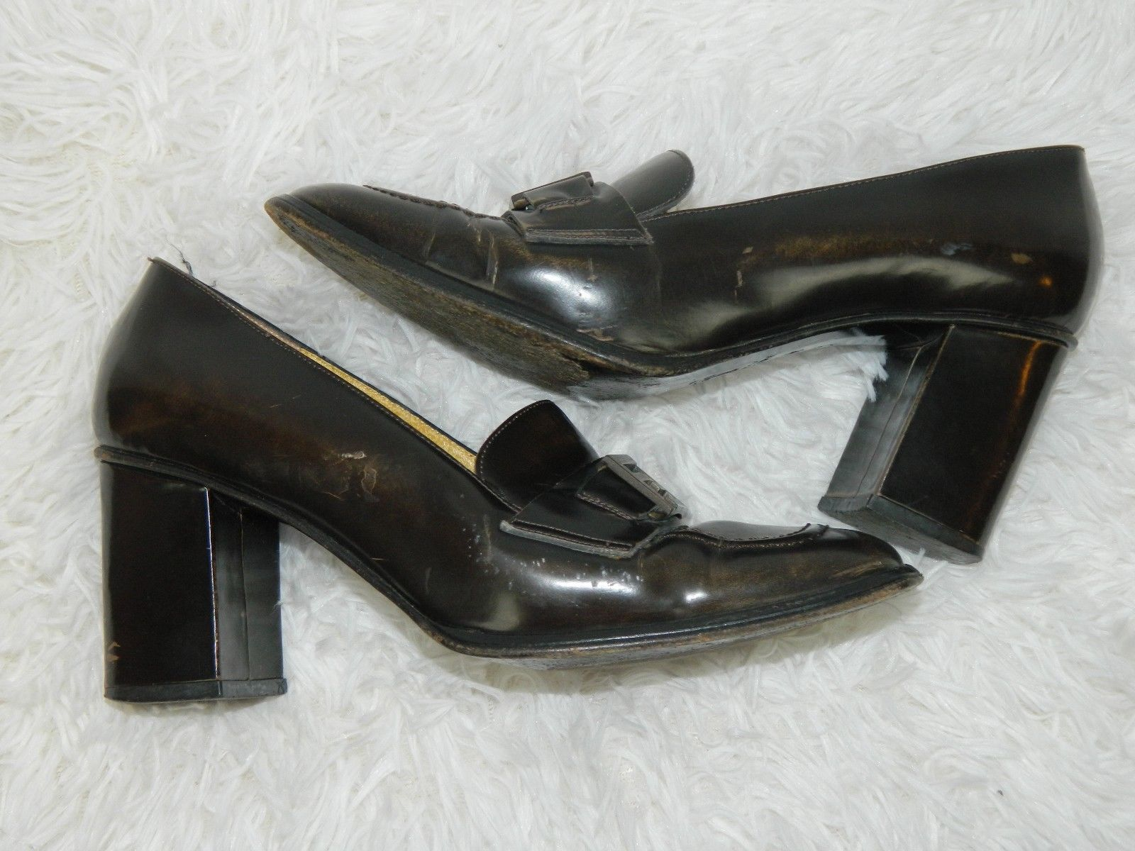 953e884b86ad Fendi Womens Shoes Distressed Brown Vintage and 35 similar items. S l1600