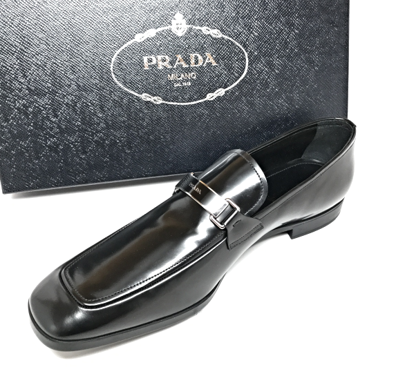 PRADA PLAQUE LOGO BLACK LEATHER  DRIVER MOCCASIN SLIP-ON LOAFER SHOES BRAND NEW