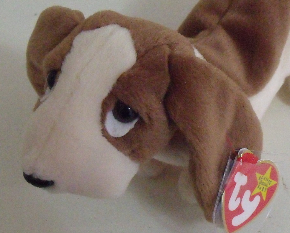 Ty Beanie Babies NWT Tracker the Basset Hound Dog Retired