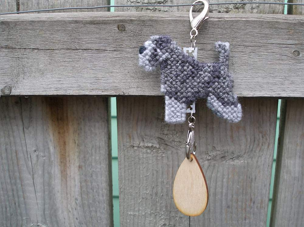 Miniature Schnauzer natural ears & tail dog crate tag, home decor art handmade