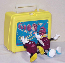 CALIFORNIA RAISINS - Vintage Thermos Lunch Box & 2 Soft Figures - $14.00