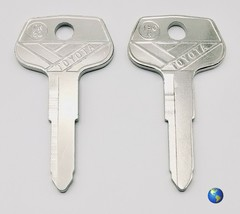 ORIGINAL TR20 Key Blanks for Various Models by Toyota, Gehl, and others (4 Keys) - $8.95
