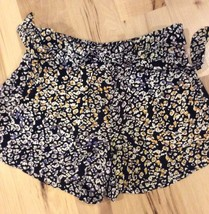 Jessica Simpson Black Print Shorts Womens XS Elastic Back of Waist Dress... - $7.99