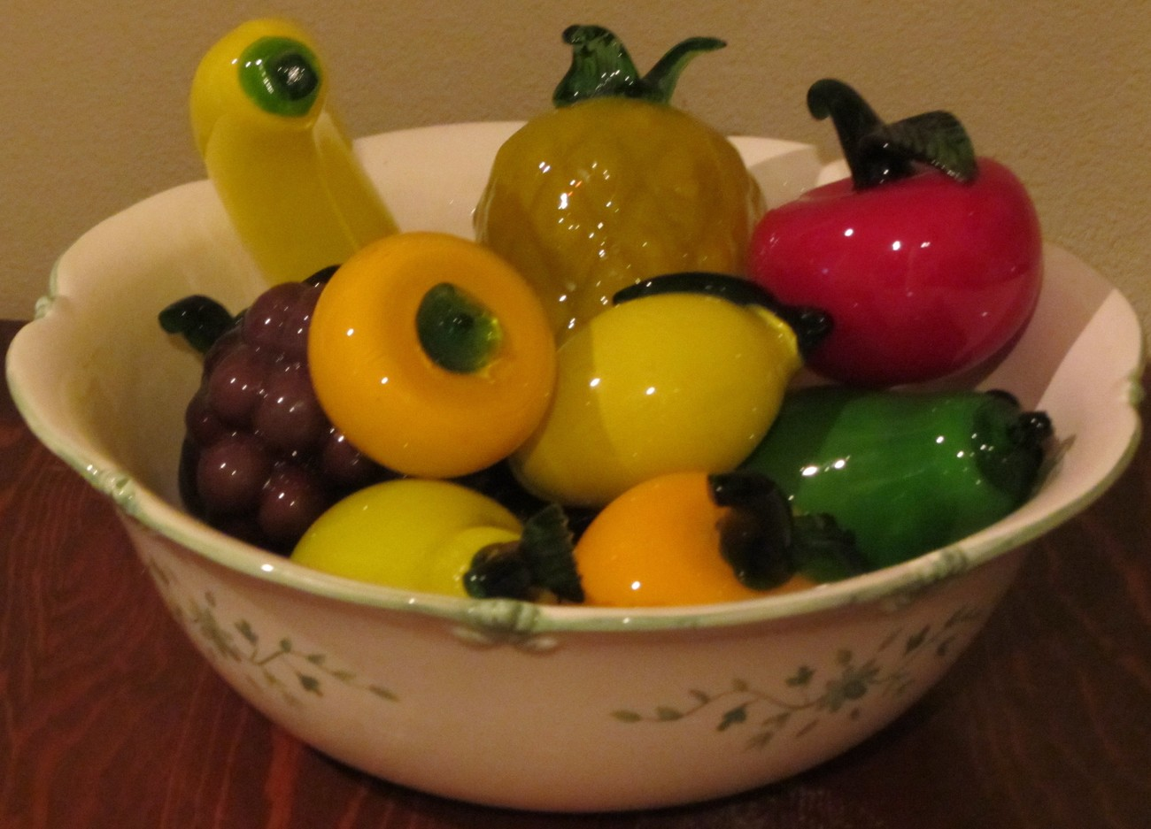 Vintage Glass Fruit ~ 14 Pieces