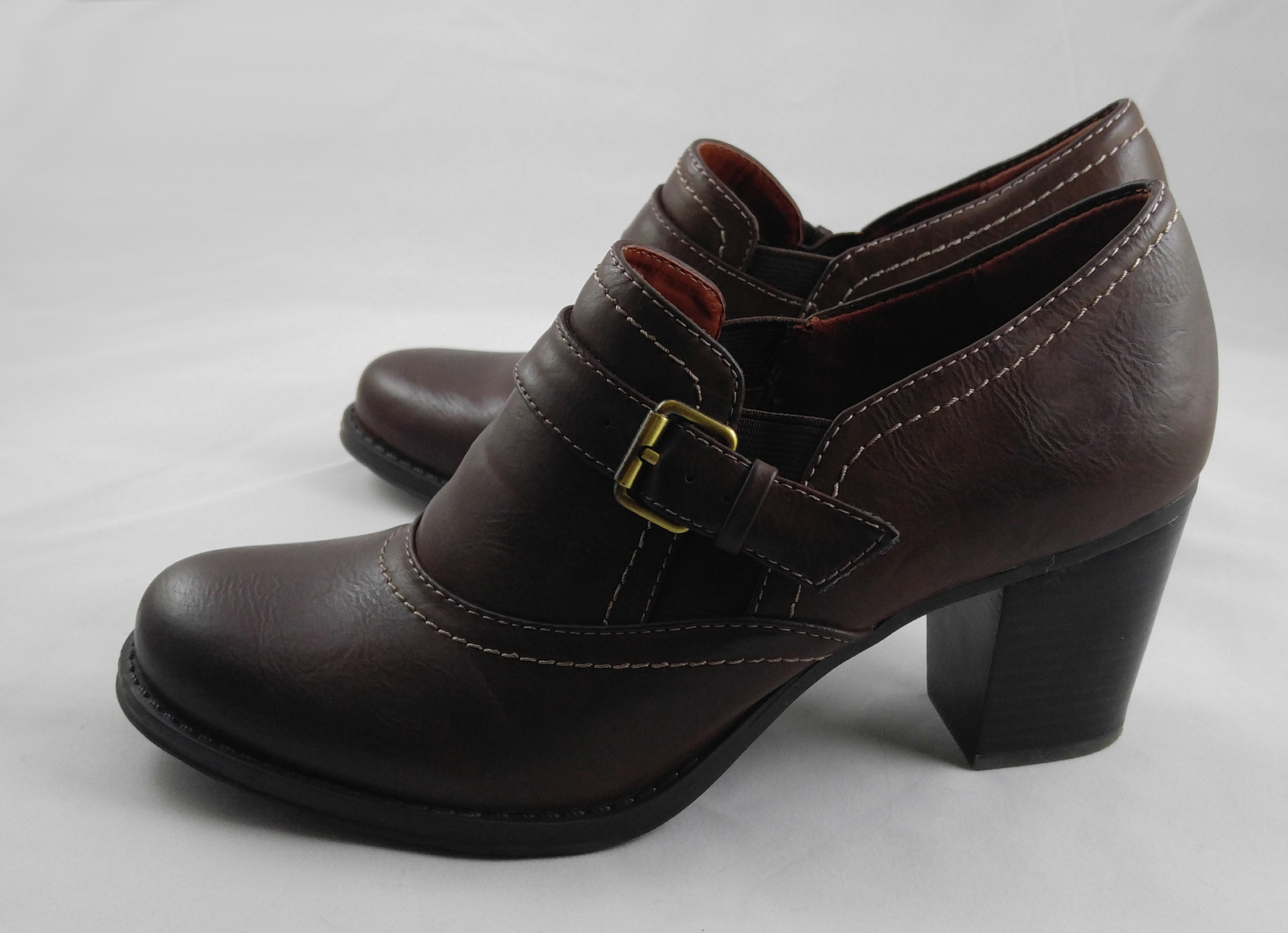 "Naturalizers N5 Comfort ""Deangela"" Women's Brown Buckle Pump Stacked Heel Size 8"