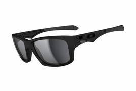 New Genuine Oakley OO9135 09 Matte Black  Mens Women's Sunglasses Polarized - $108.89