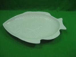 Vintage Milk Glass Whittier Pottery Large Serving Platter Fish Design Shape - $18.65