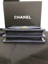 AUTHENTIC CHANEL 2019 LE BOY NAVY QUILTED LAMBSKIN FLAP BAG Gold HE image 3