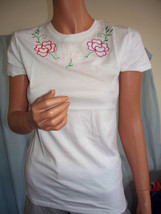 Woman Junior White Floral Embellished Embroidery Long Length Fitted T-Shirt - $9.99
